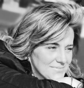 Sobre Elena Bastidas Bono. El útil combate